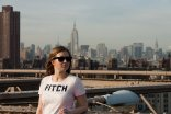 Isabelle on the Brooklyn Bridge